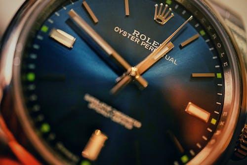 Gratis lagerfoto af Analogt ur, armbåndsur, luksuriøst, rolex