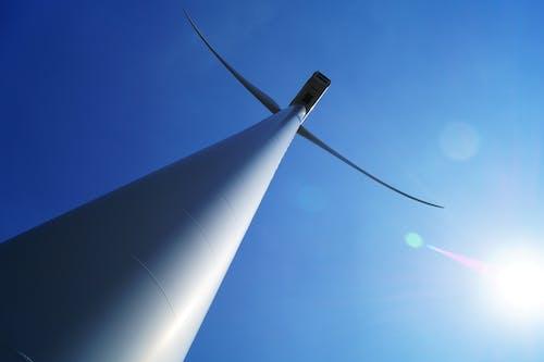低角度拍攝, 再生能源, 天空, 風力渦輪機 的 免费素材照片