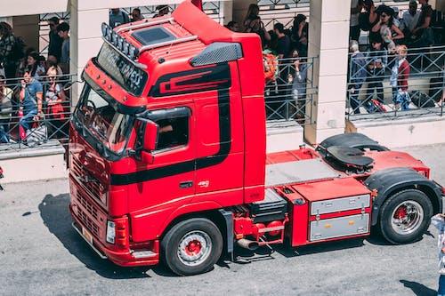 Kostenloses Stock Foto zu laster, red truck