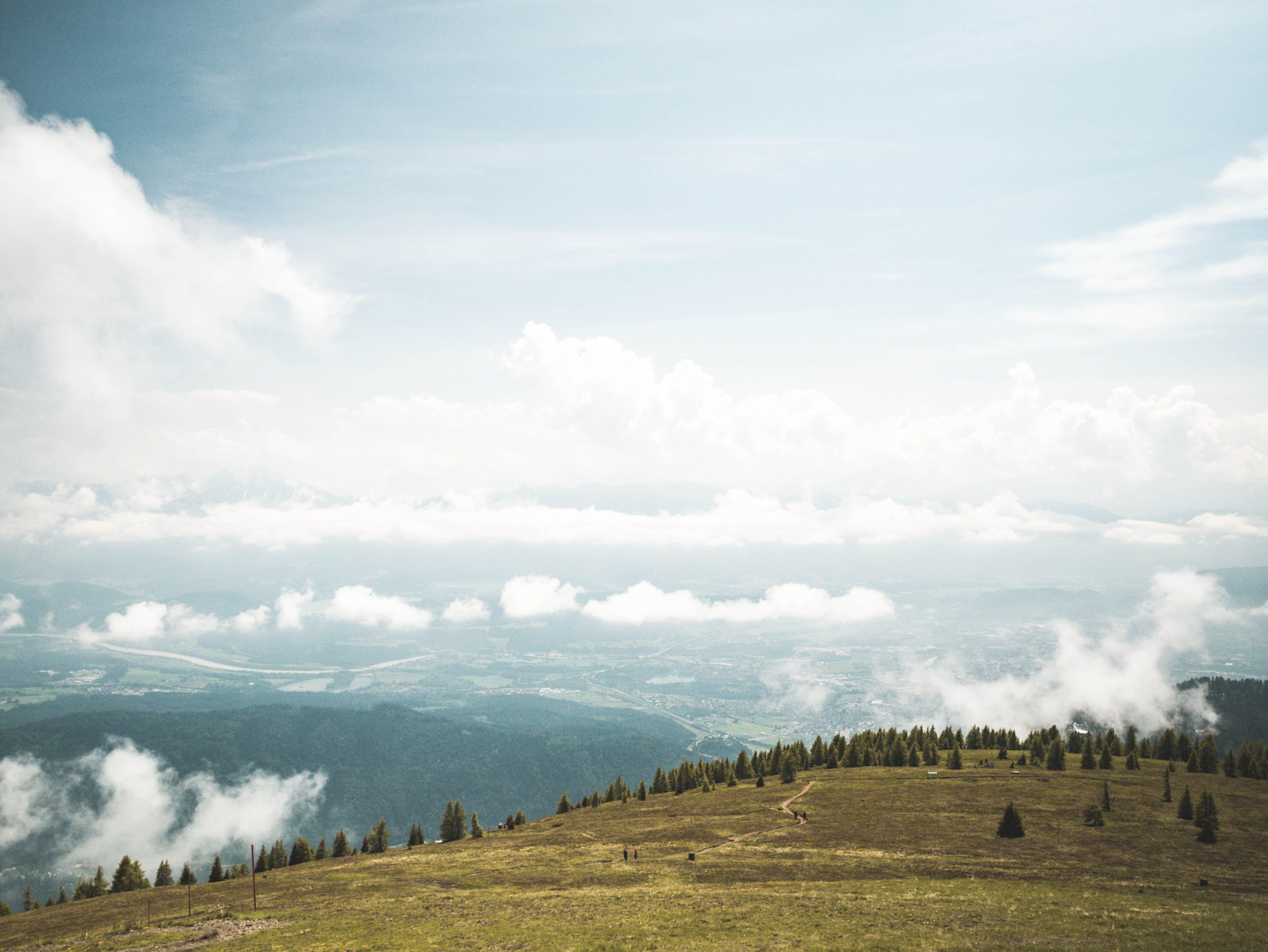 Kostenloses Stock Foto zu holz, landschaft, berge, wolken