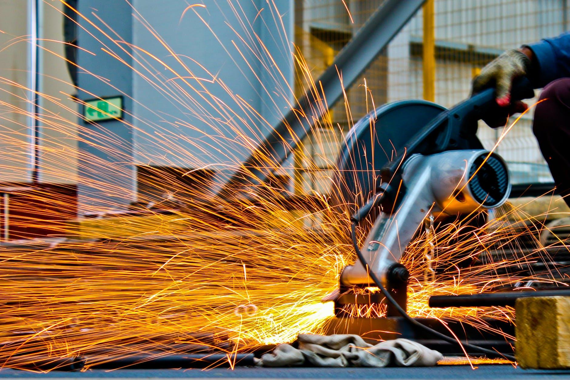 "<img src=""steel industry-1.jpg"" alt=""steel industry in india""/>"
