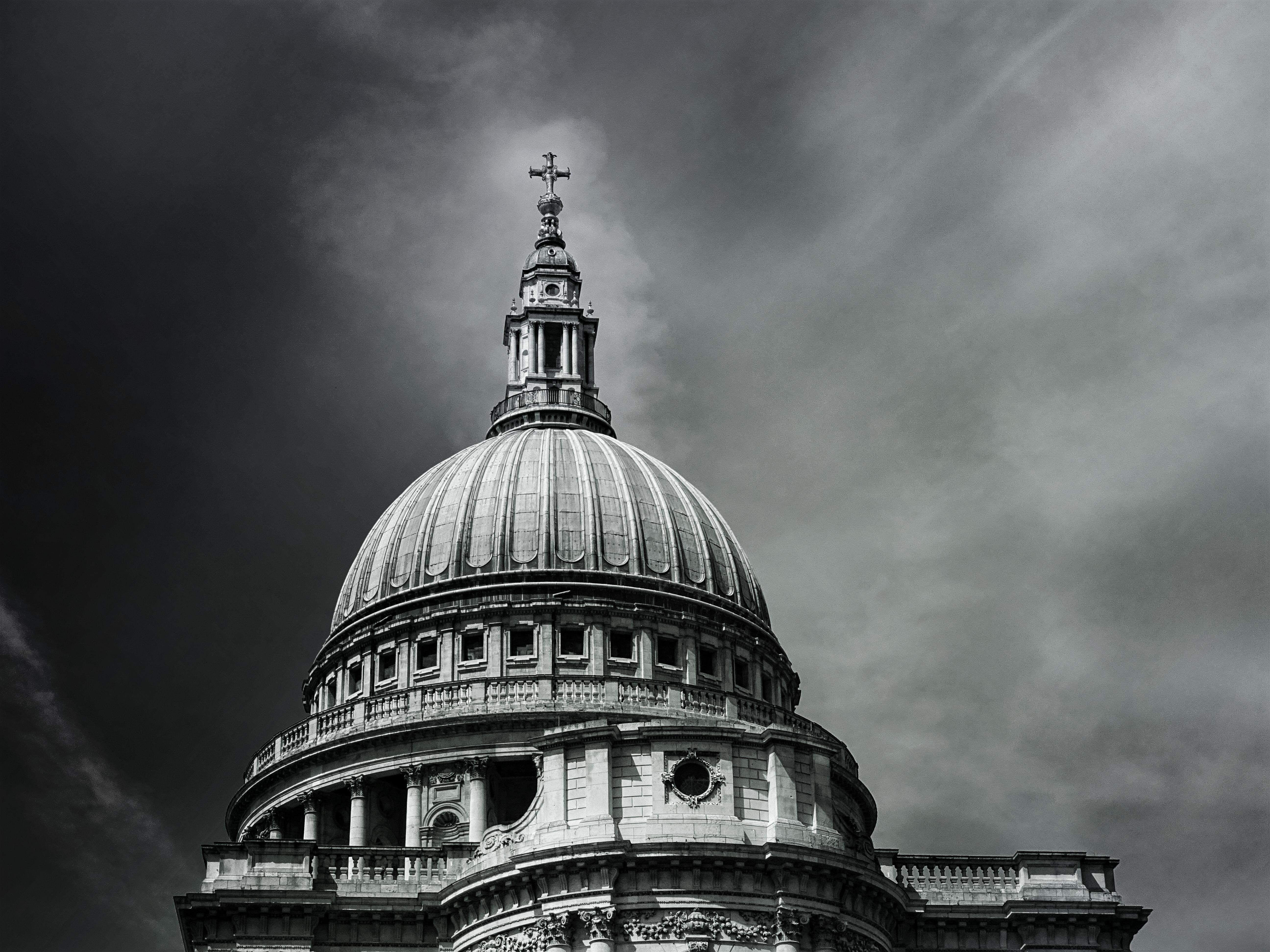 セントポール大聖堂, ドーム, ランドマーク, ローアングルショットの無料の写真素材