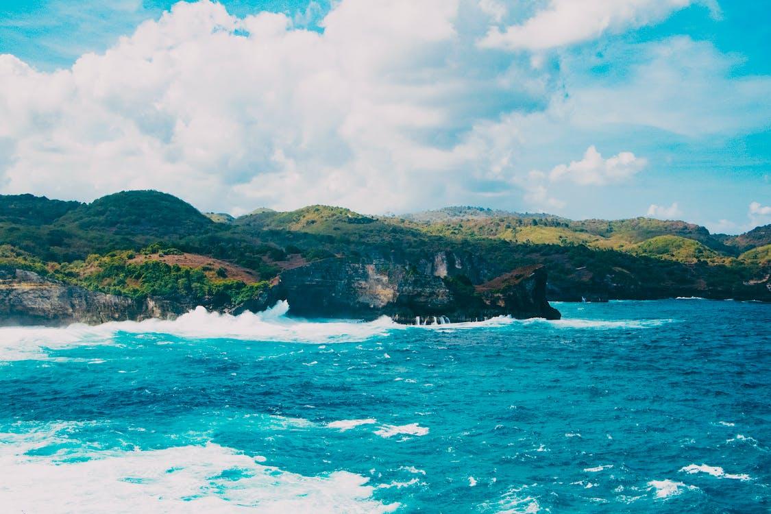 bulutlar, dalgalar, deniz
