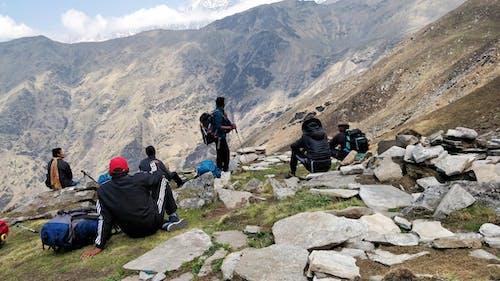 Бесплатное стоковое фото с альпинист, гора, горные походы, горный туризм