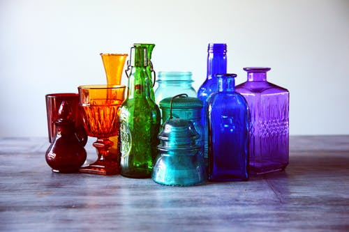 Assorted-color Translucent Glass Containers
