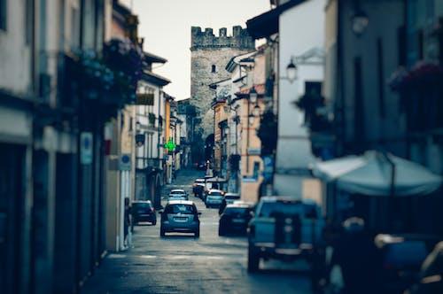 Fotobanka sbezplatnými fotkami na tému architektúra, autá, budovy, cesta