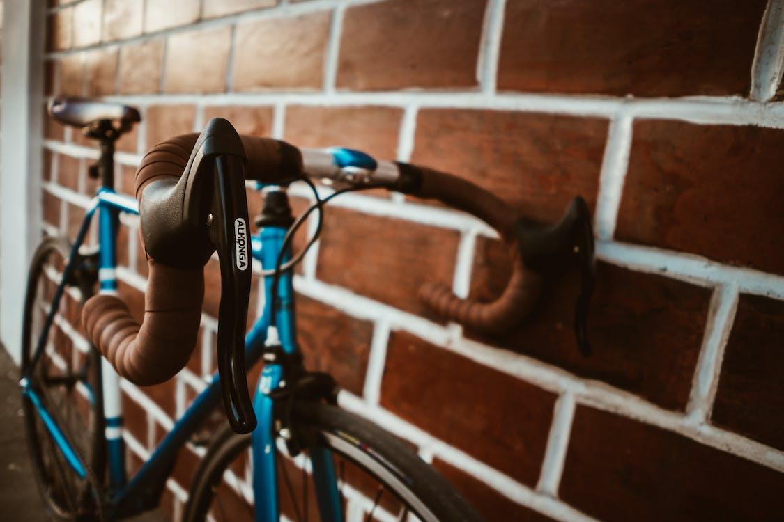великий план, велосипед, велосипедне сідло