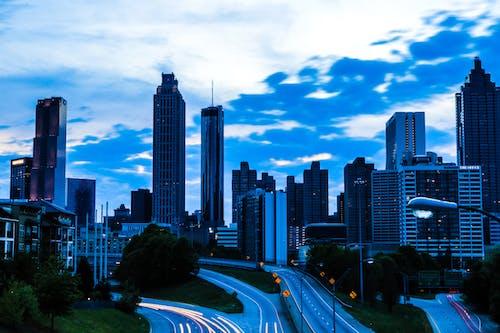 Fotobanka sbezplatnými fotkami na tému atlanta, budova, budovy, fotografia ulice