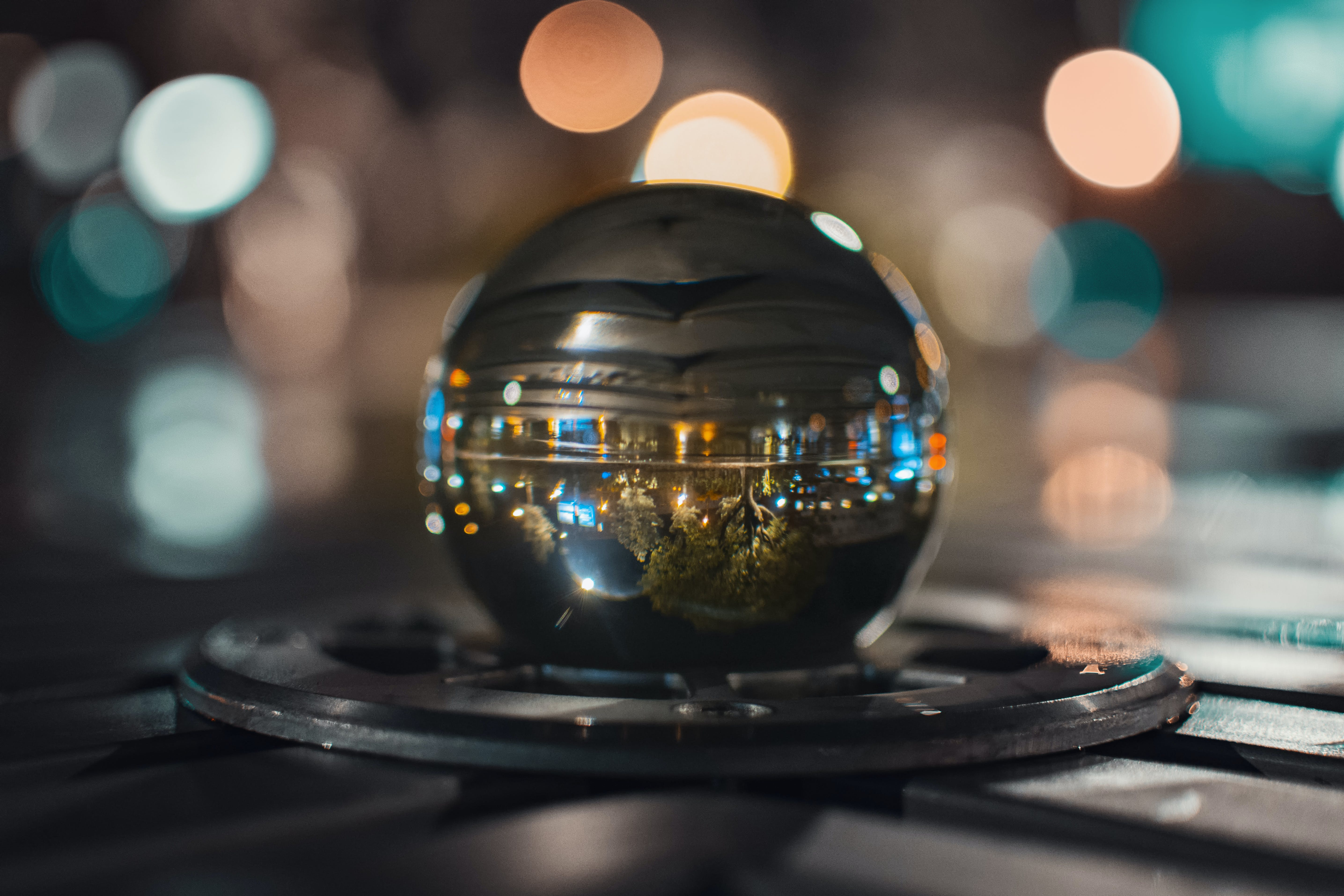 Shallow Focus of Crystal Ball