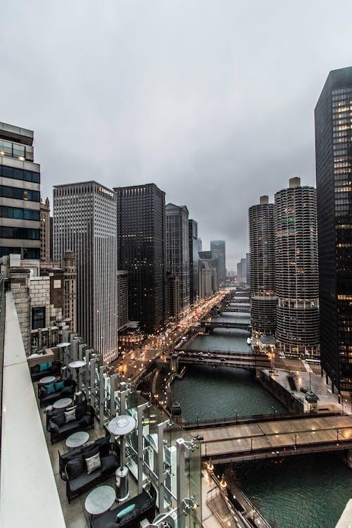 Kostnadsfri bild av chicago, chicago floden, dimmig, lynnig