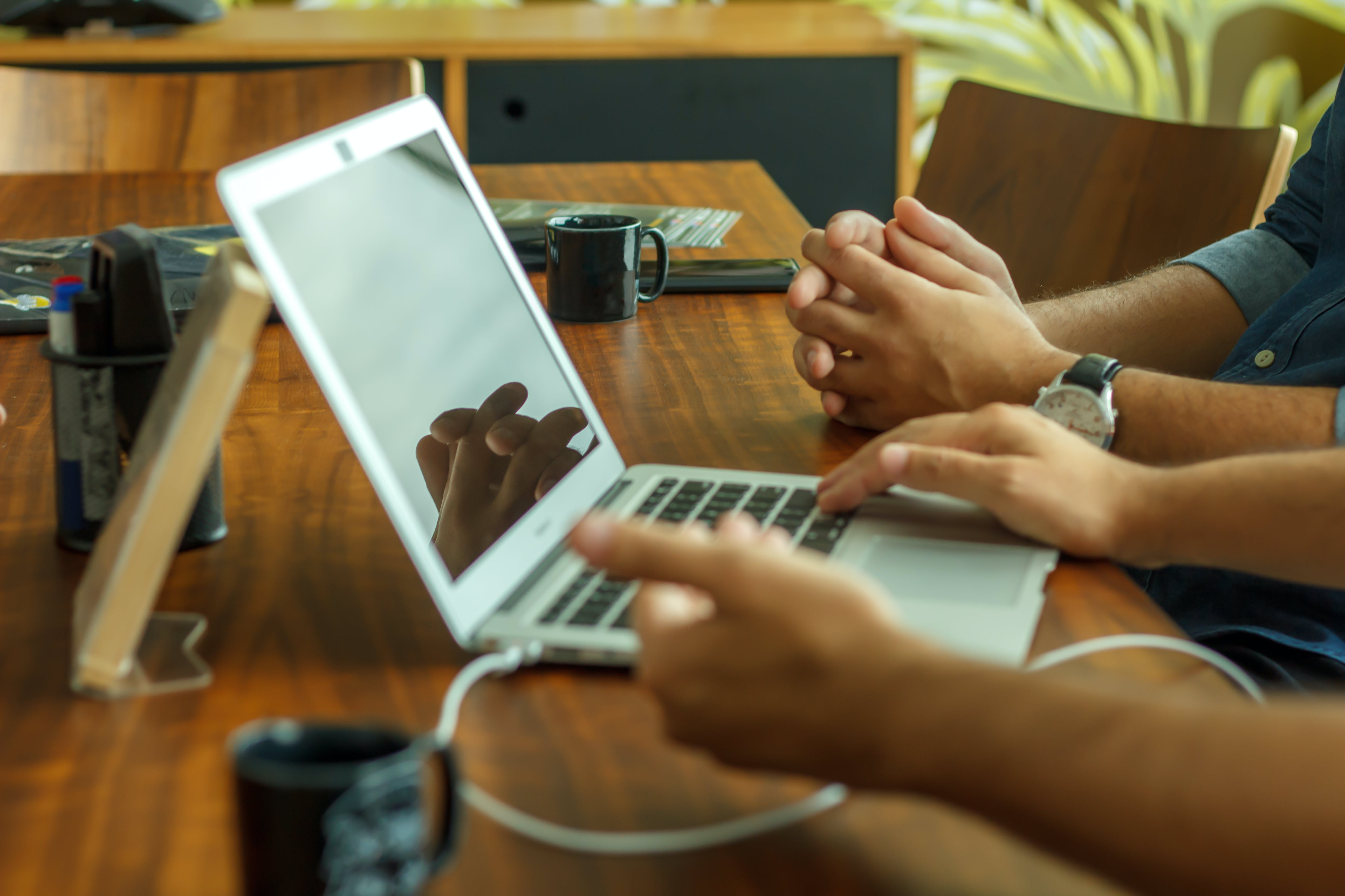 Free stock photo of hands, macbook air, meeting, meeting room