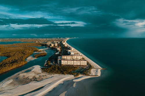 Fotos de stock gratuitas de agua, arquitectura, bahía, cielo