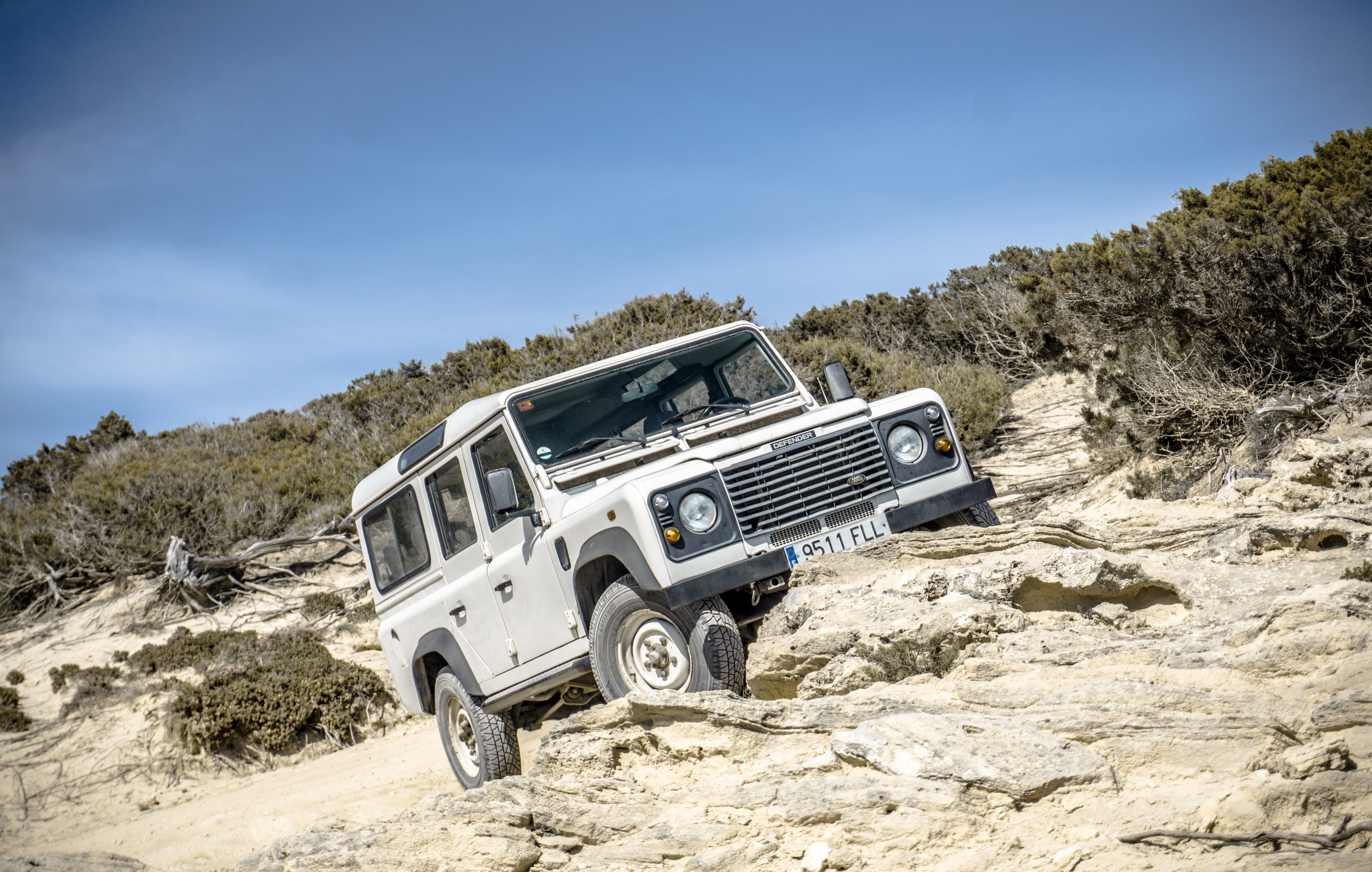 Free stock photo of car, defender, offroad