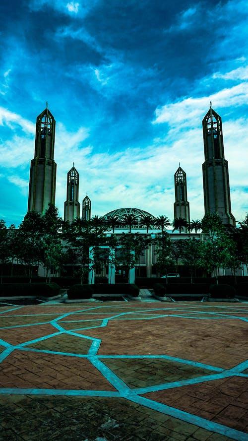 Imagine de stoc gratuită din cer înnorat, Cer întunecat, clădiri, Malaezia
