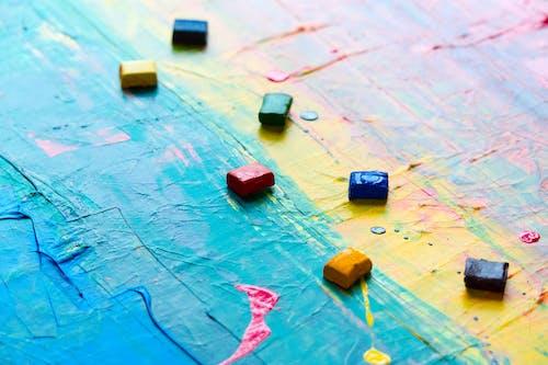 Darmowe zdjęcie z galerii z abstrakcyjny ekspresjonizm, artystyczny, intensywny kolor, kanwa