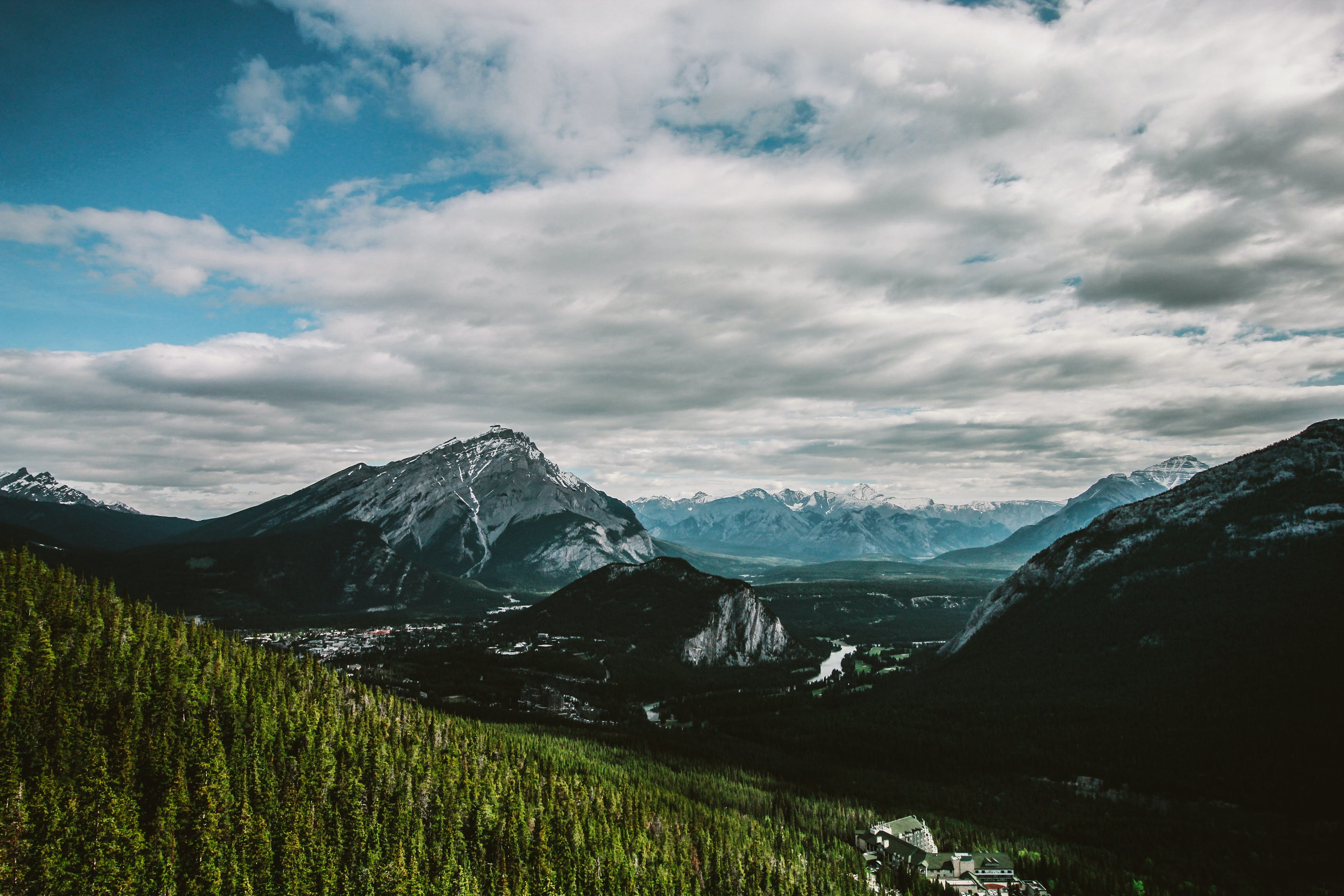 Kostenloses Stock Foto zu bäume, berge, draußen, eis