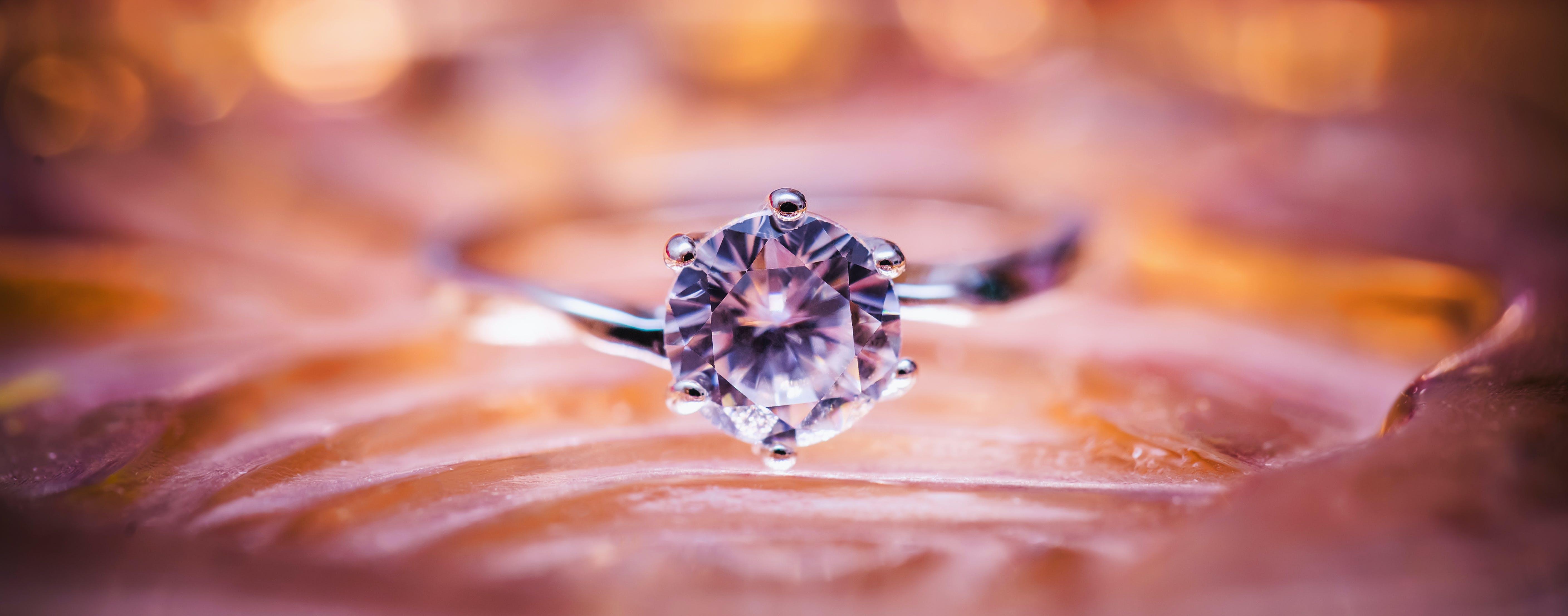 Kostenloses Stock Foto zu makro, ring, schmuck, diamant