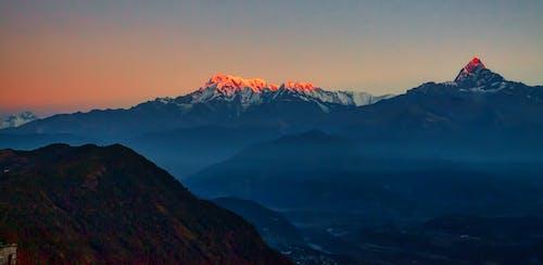 빛의 반사, 피쉬 테일 산의 무료 스톡 사진