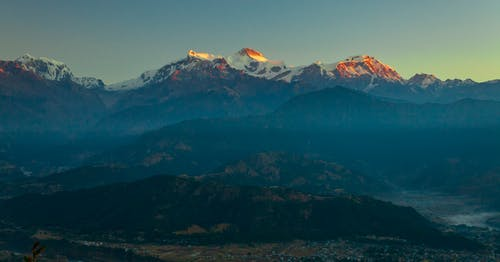 빛의 반사, 일출 색상, 푸른 산의 무료 스톡 사진