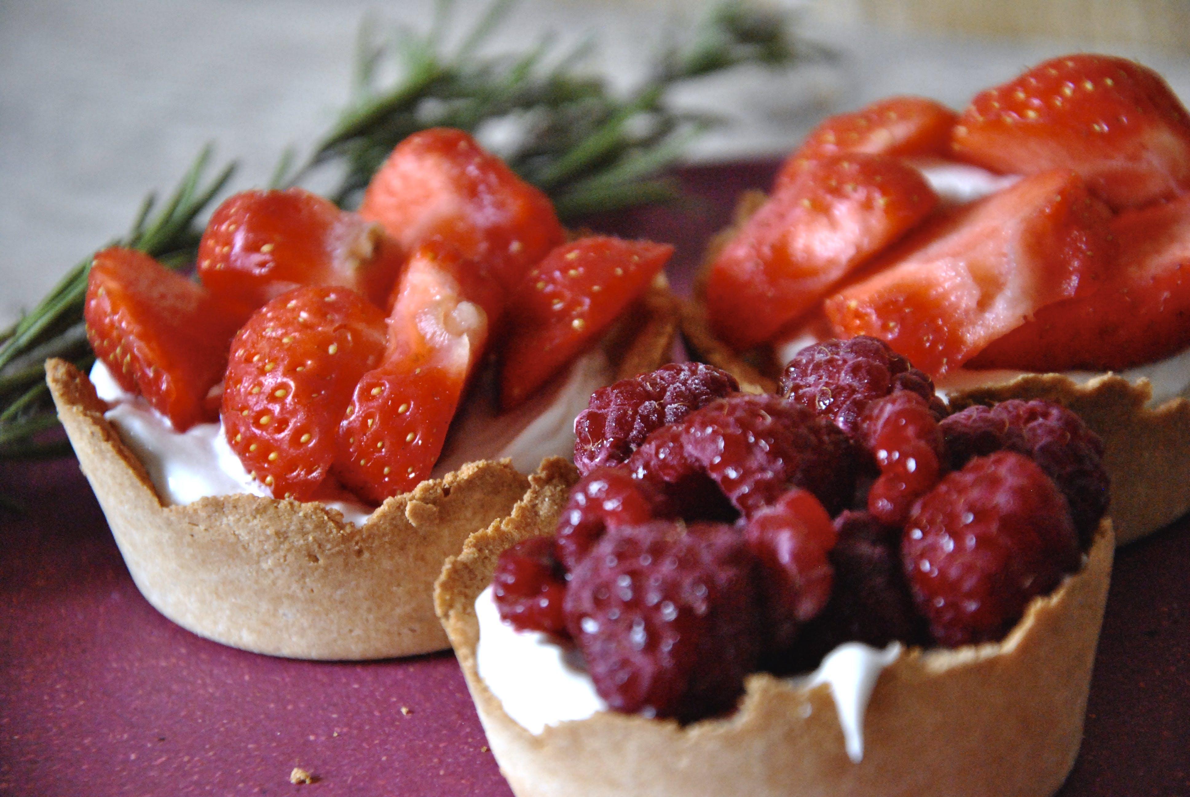 Free stock photo of dessert, raspberries, strawberries, tart