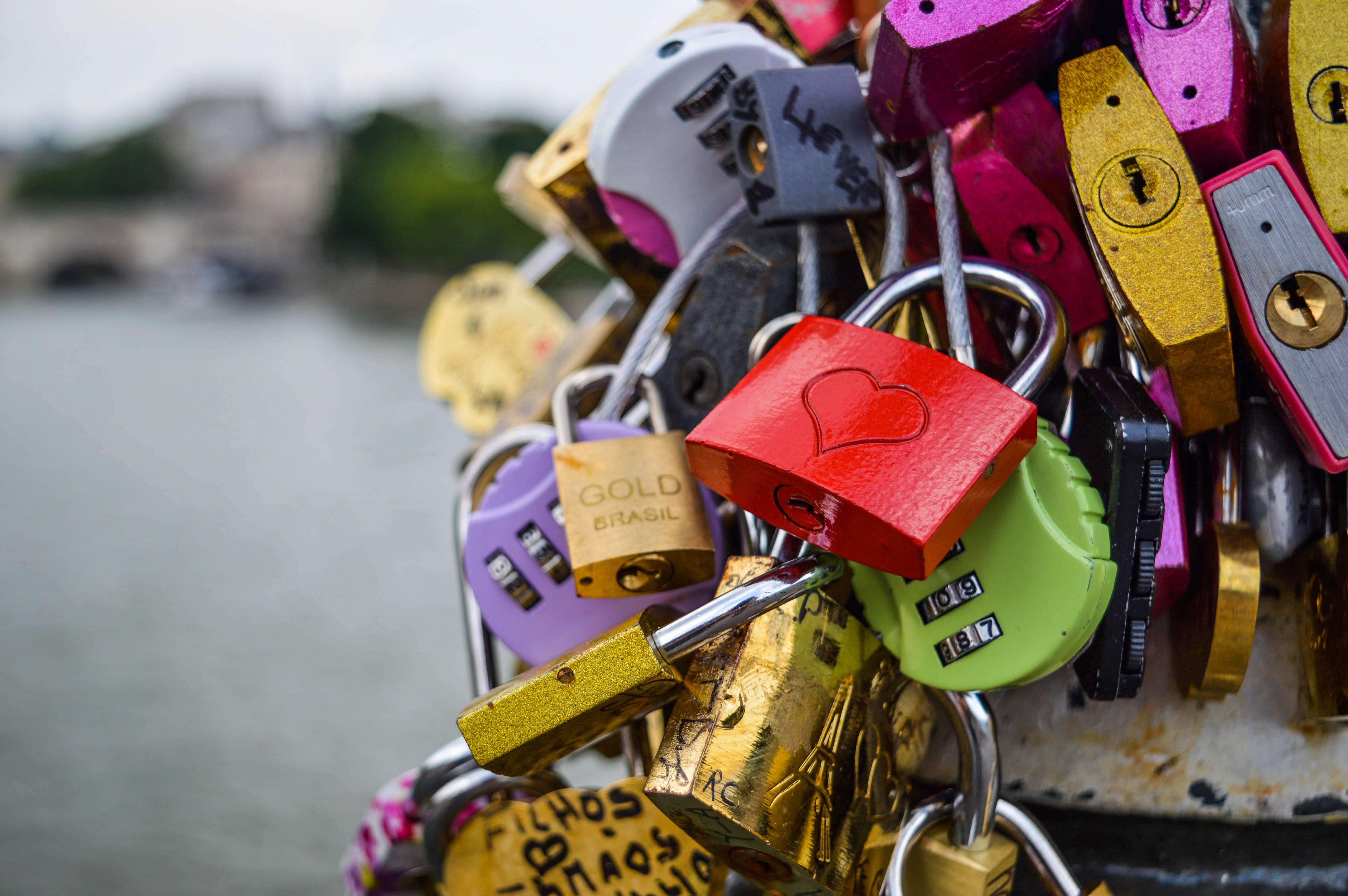 Assorted-color Metal Keys