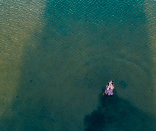 Imagine de stoc gratuită din apă, femeie, fotografie cu drona, îmbracă