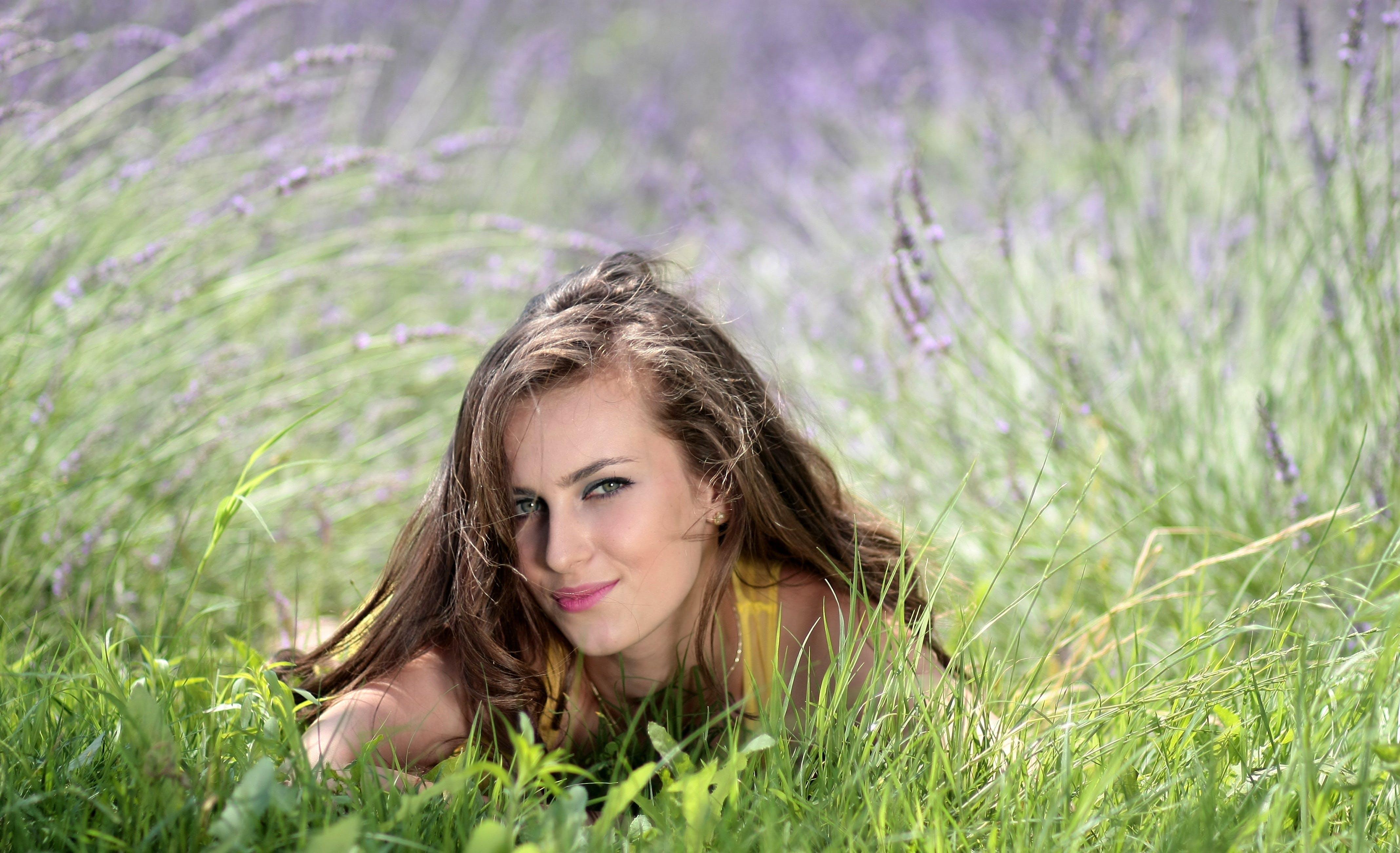 gress, kvinne, modell