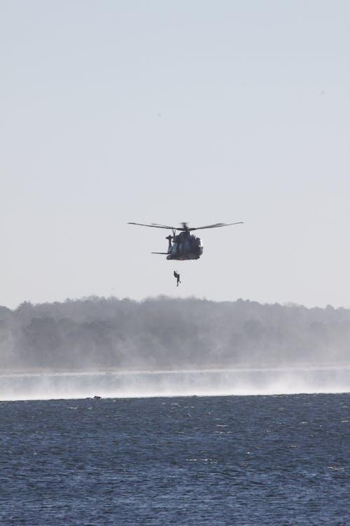 Darmowe zdjęcie z galerii z helikopter
