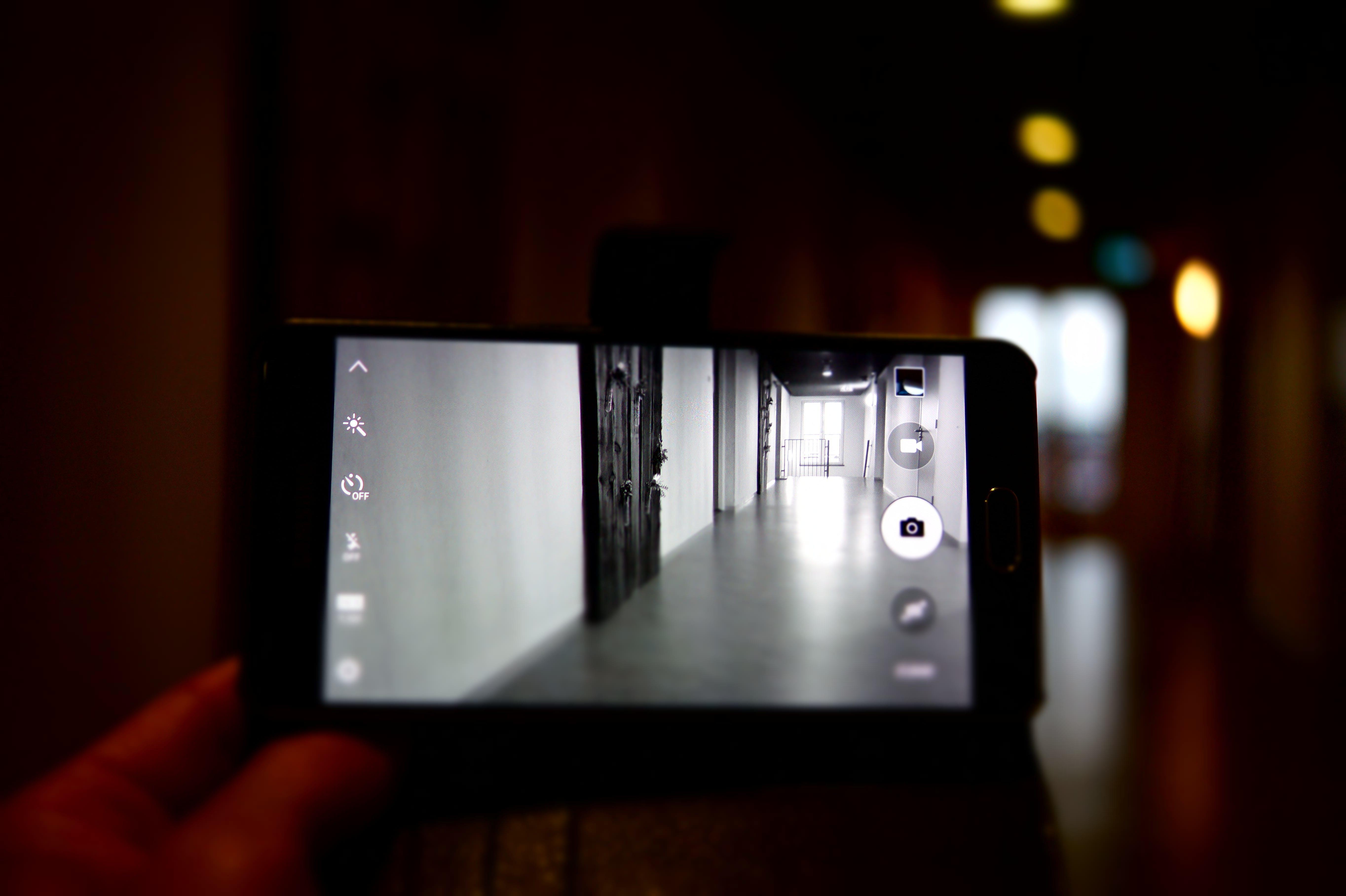 Kostenloses Stock Foto zu licht, stadt, person, smartphone