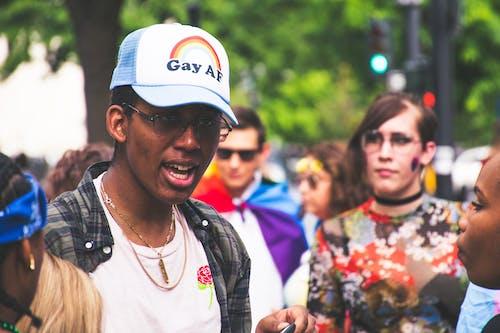 Darmowe zdjęcie z galerii z czapka z daszkiem, dzień, gej, lgbt-h