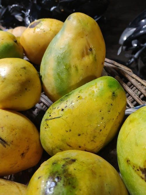 Бесплатное стоковое фото с корзина с фруктами, манго, рынок, фрукты