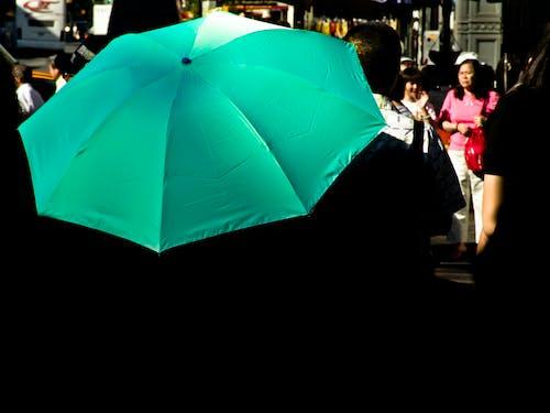 城市, 太陽, 晴天, 雨傘 的 免费素材照片
