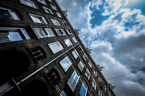 Fotobanka sbezplatnými fotkami na tému architektúra, budova, deň, mestský