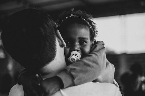 Ilmainen kuvapankkikuva tunnisteilla afro, aito rakkaus, antaa pois, apu