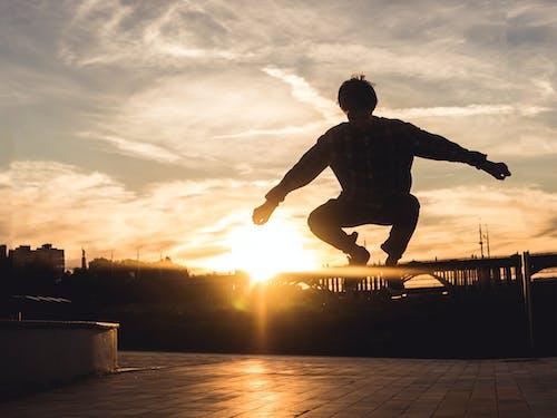 คลังภาพถ่ายฟรี ของ กระโดด, กลางแจ้ง, การกระทำ, การกระโดด