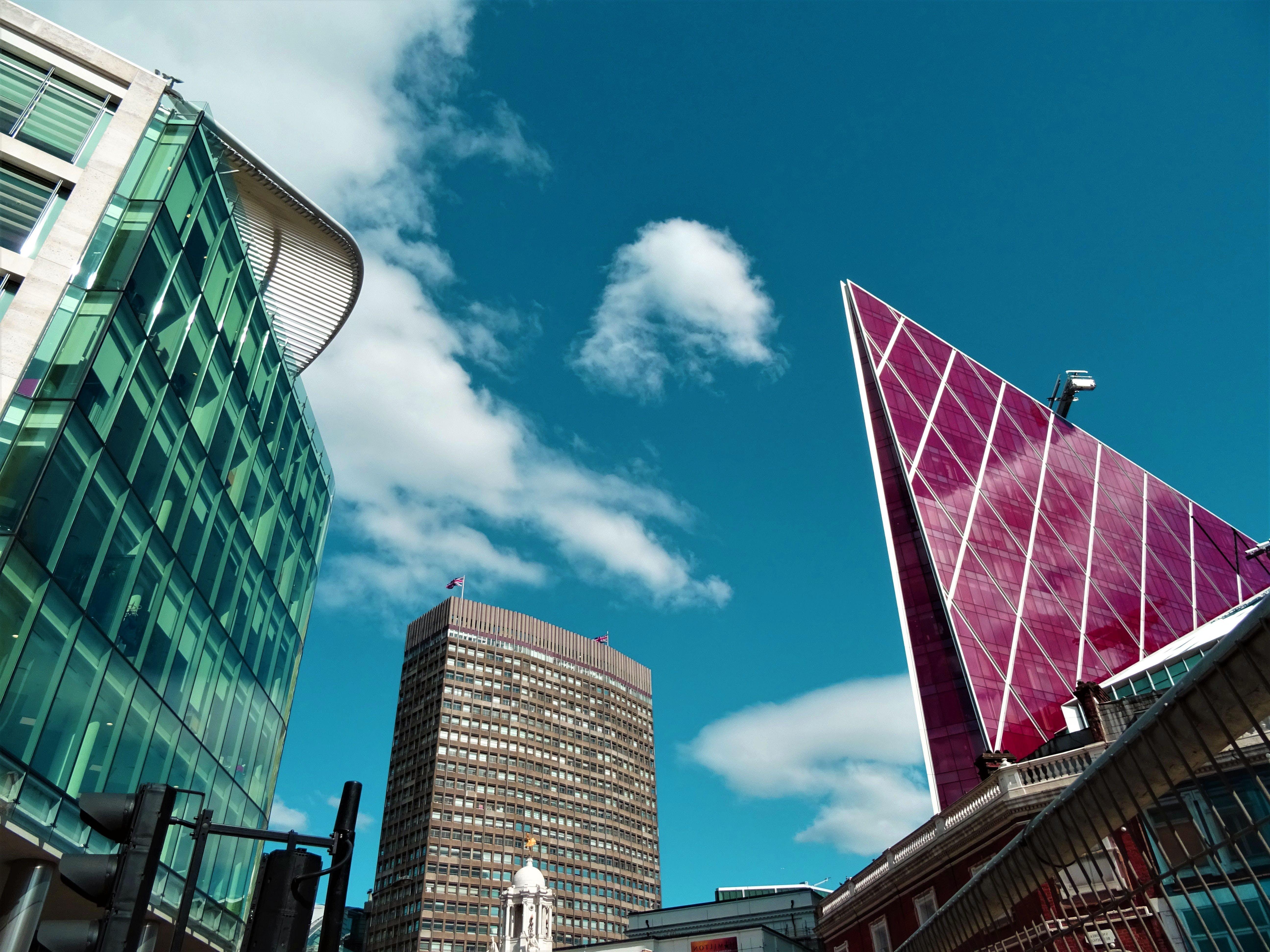 Foto d'estoc gratuïta de arquitectura, articles de vidre, cel, ciutat