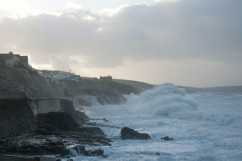 Gratis stockfoto met golven, noodweer