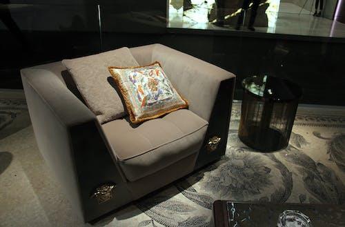 Ingyenes stockfotó bútorok, csendélet, design, díszpárnák témában