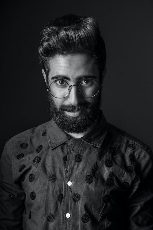 Základová fotografie zdarma na téma brýle, chloupky na obličeji, dospělý, fashion modelka