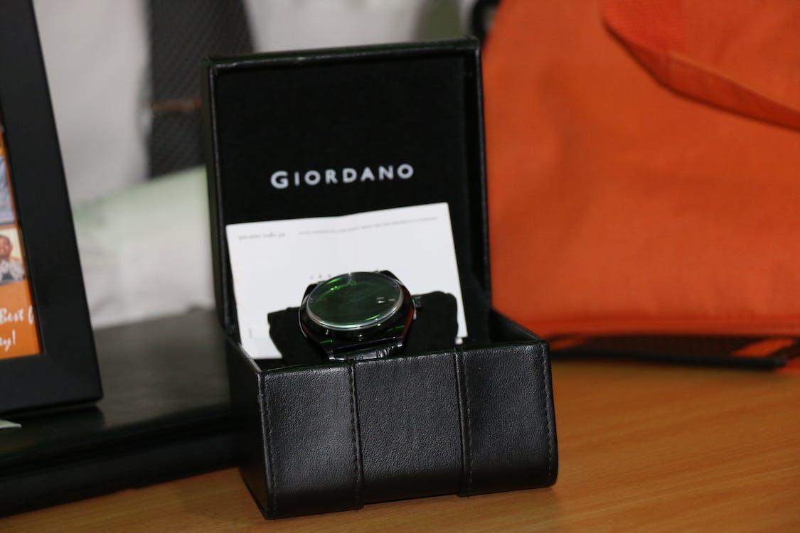Free stock photo of gentleman, gift packaging, gift wrap