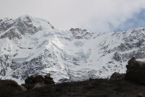 dağ içeren Ücretsiz stok fotoğraf