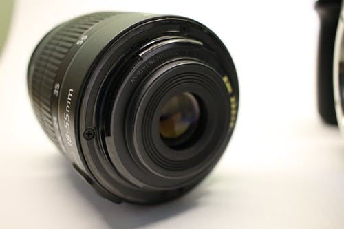 Безкоштовне стокове фото на тему «Canon, білий, камера, мідь»