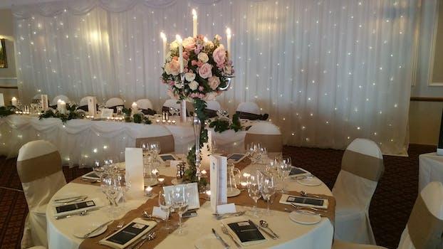 Kostenloses Foto Zum Thema Blumen Blumen Im Glas Hochzeit