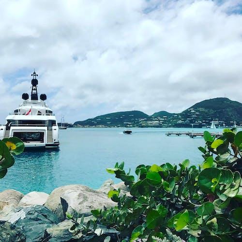 Ilmainen kuvapankkikuva tunnisteilla havaiji, havaijilainen, iso vene, meri