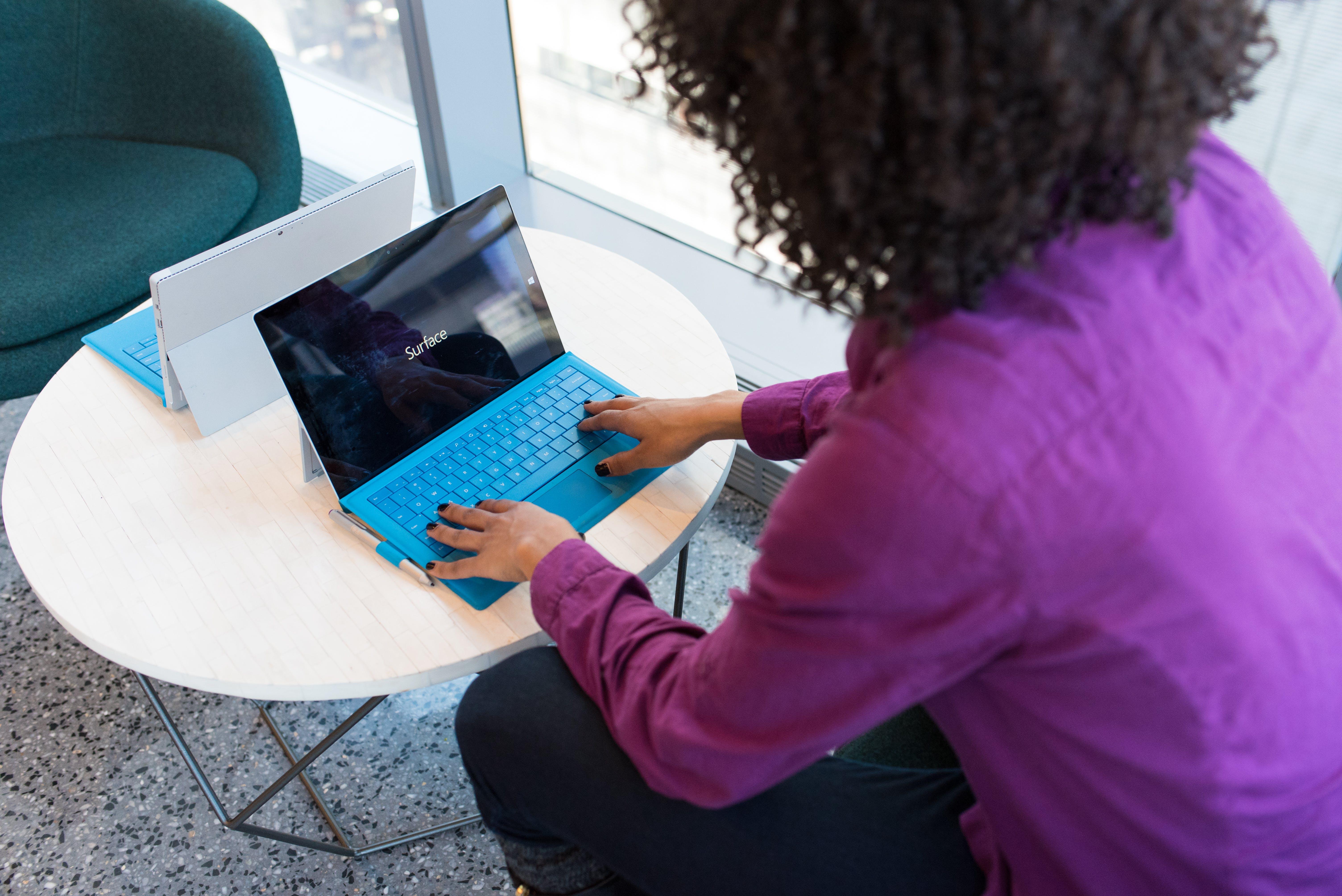가구, 기술, 노트북, 디지털 유목민의 무료 스톡 사진