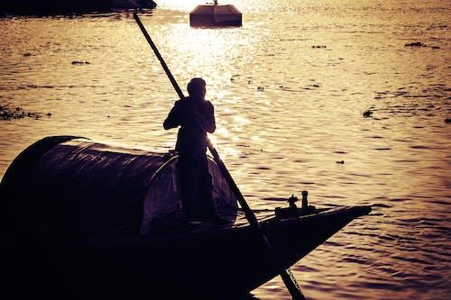 Free stock photo of boat, houseboat, riverside, rowboat