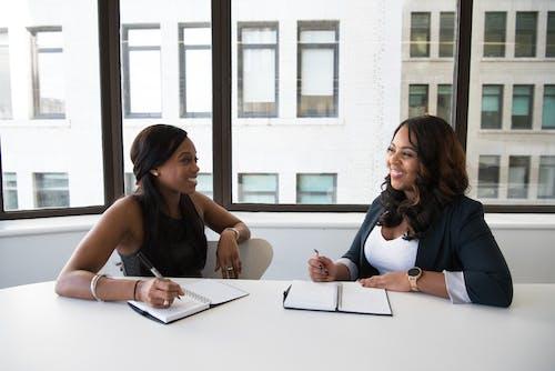 คลังภาพถ่ายฟรี ของ การทำงาน, การประชุม, การพูด, การวางแผน