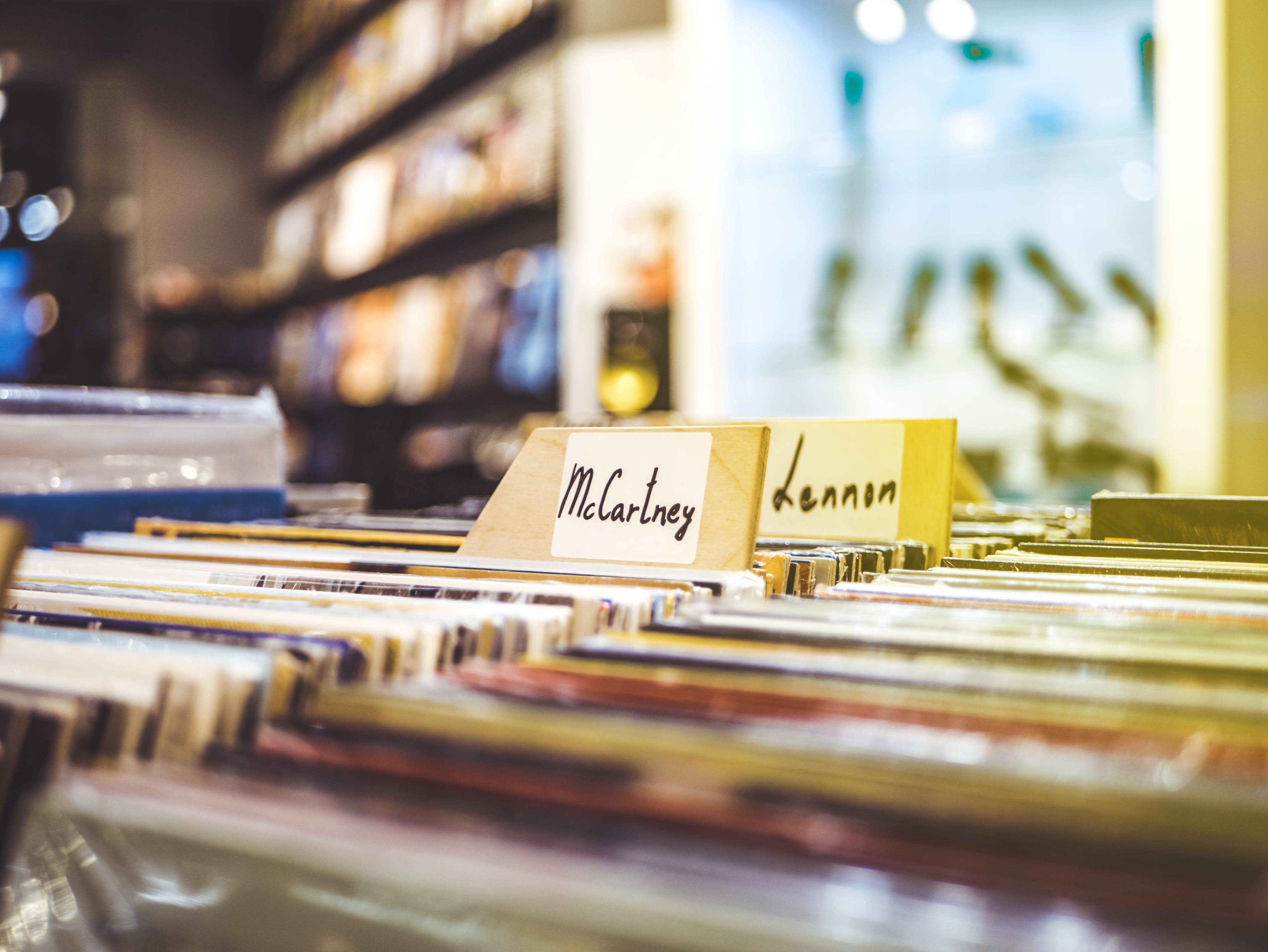 คลังภาพถ่ายฟรี ของ ความชัดลึก, ดนตรี, บันทึก, ร้านค้า