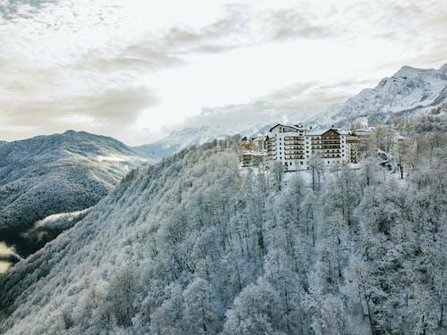 Ingyenes stockfotó Alpok, autó, befagyott, domb témában