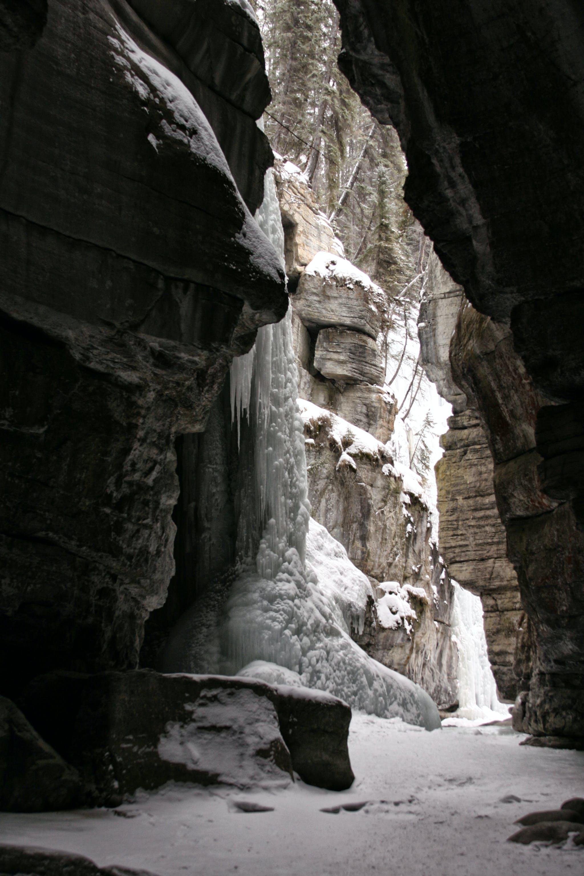 Free stock photo of icicles, ravine, rocks, snow